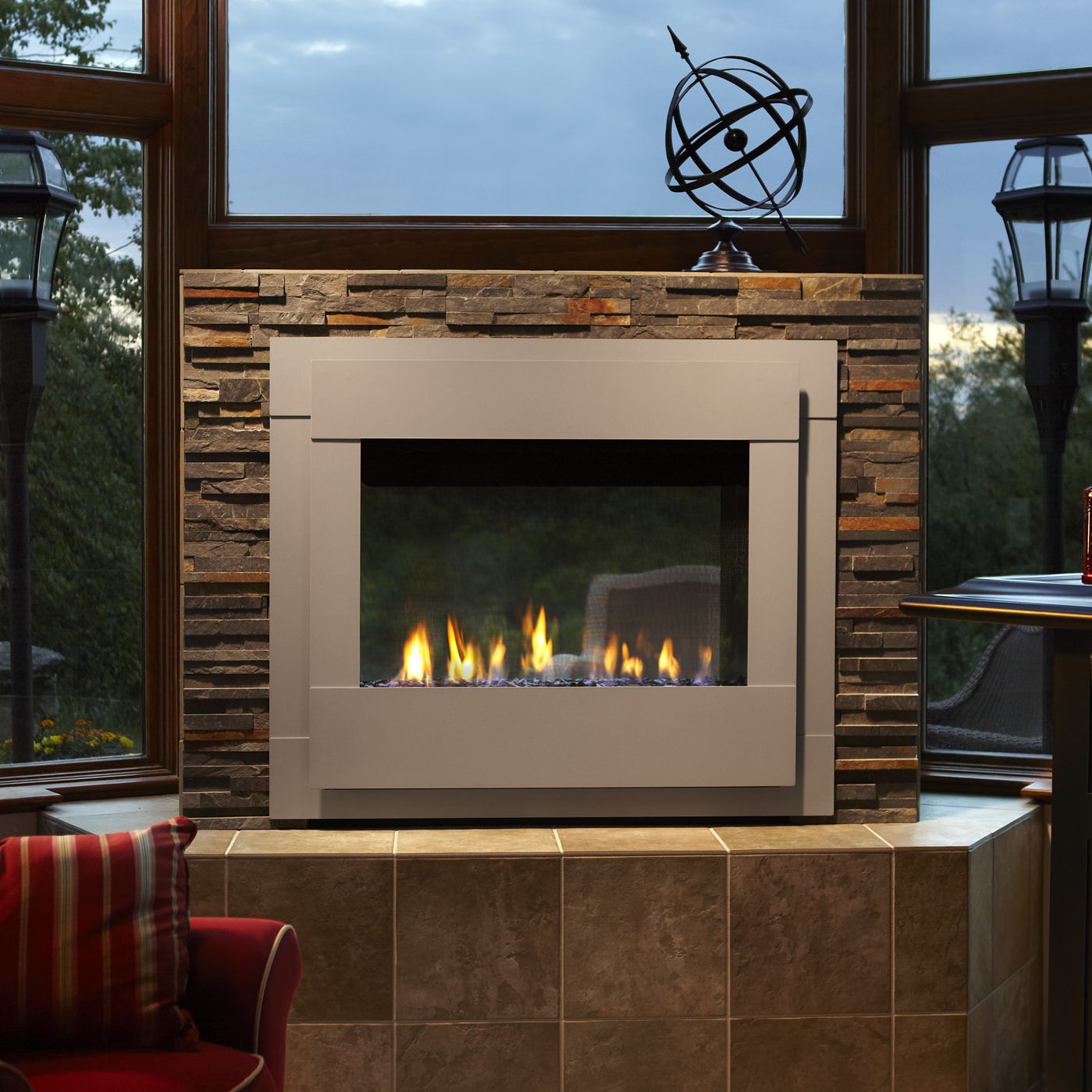 Twilight Modern gas fireplace outdoor